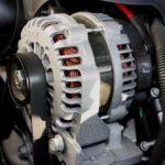 Die Hauptkomponenten des elektrischen Systems im Auto